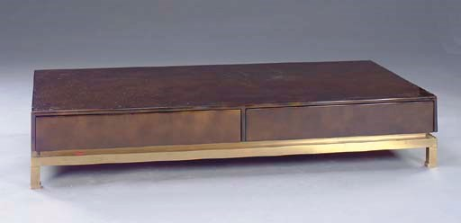 A CONTEMPORARY BRONZE-LACQUER