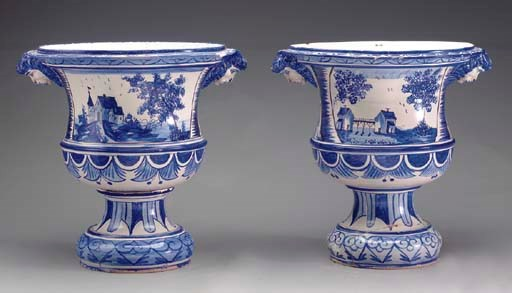 A PAIR OF EARTHENWARE GLAZED B