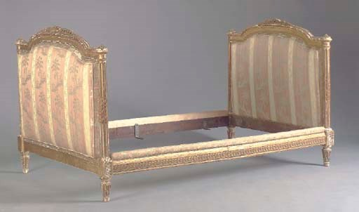 A LOUIS XVI STYLE GILTWOOD BED