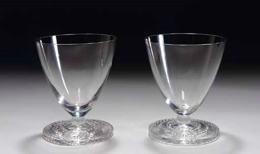 A pair of Bordeaux wine glasse