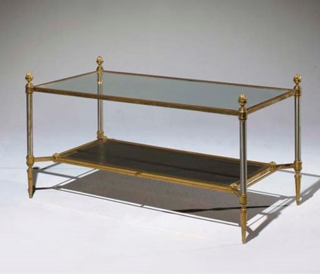 TABLE BASSE A DEUX PLATEAUX