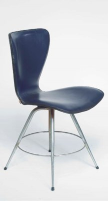 CHAISE A ASSISE PIVOTANTE, VER