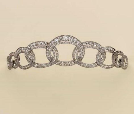 Tiara in platino e diamanti christie 39 s for Tiara di diamanti