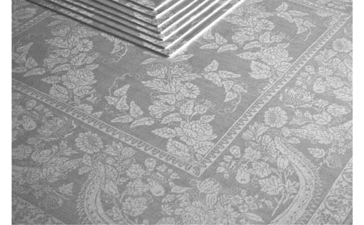 Eight damask linen napkins