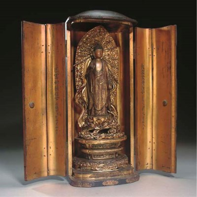 A Japanese gilt and lacquer wo