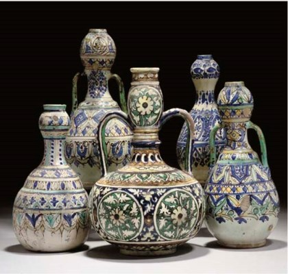 FIVE POTTERY VASES, MOROCCO AN