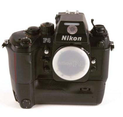 Nikon F4E no. 2453892