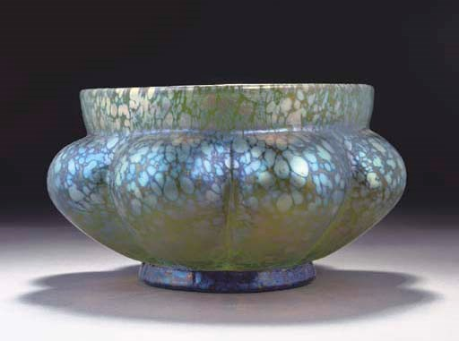A LOETZ IRIDESCENT GLASS BOWL