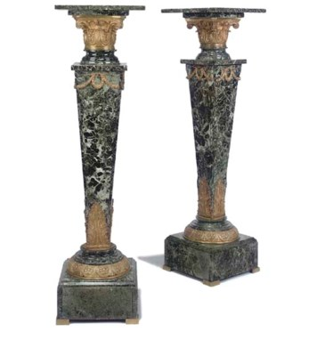 A PAIR OF GILT BRONZE MOUNTED