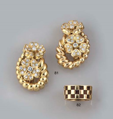 A chequer board ring, by Van C