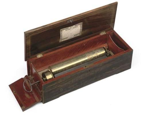A 6-AIR KEY-WIND MUSICAL BOX B
