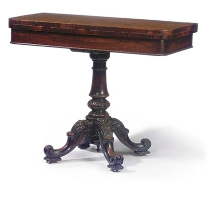 AN EARLY VICTORIAN ROSEWOOD PE