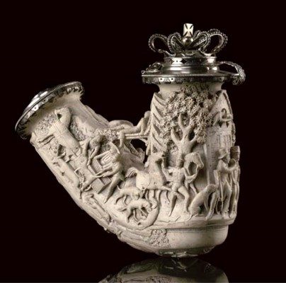 A LARGE SILVER MOUNTED MEERSCH
