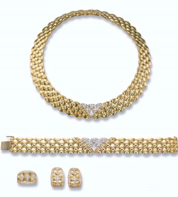A GOLD AND DIAMOND SUITE