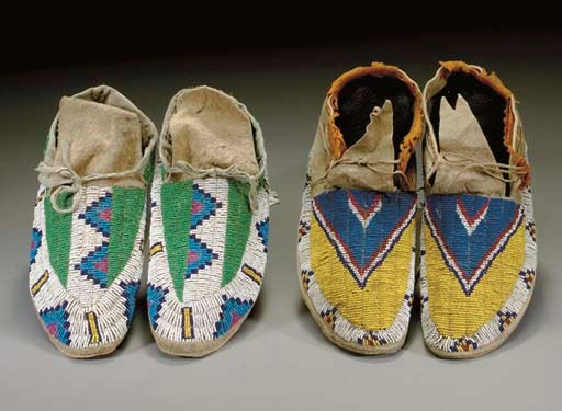 TWO PAIRS OF PLAINS BEADED HID