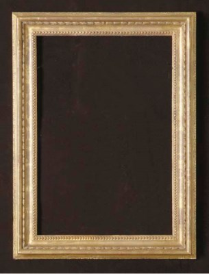 A FRENCH GILT PICTURE FRAME,