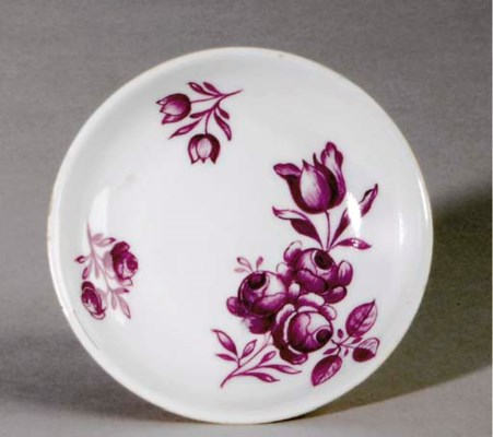 A MEISSEN PUCE-PAINTED SAUCER,