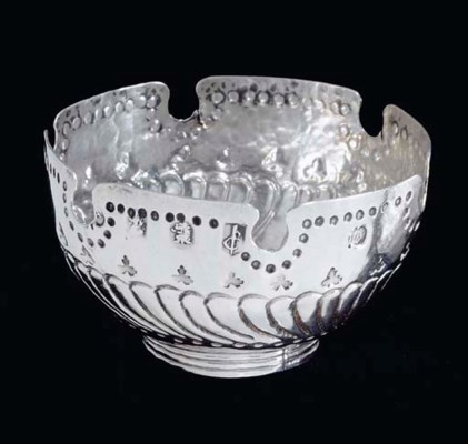 A WILLIAM III TOY SILVER MONTE
