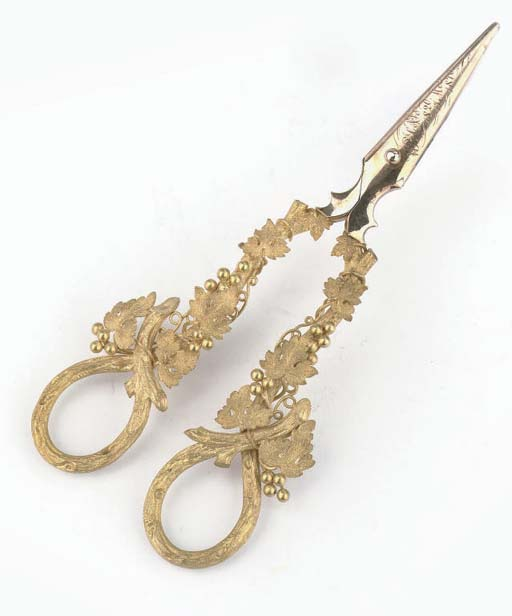 An unsual Dutch two-colour gold pair of grape-scissors in original fitted case