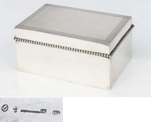 A Dutch silver biscuit box