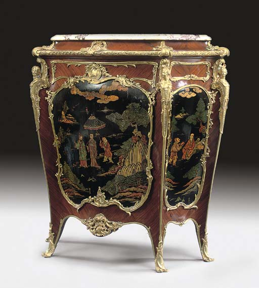 A LOUIS XV STYLE ORMOLU-MOUNTED KINGWOOD AND COROMANDEL LACQUER MEUBLE D'APPUI