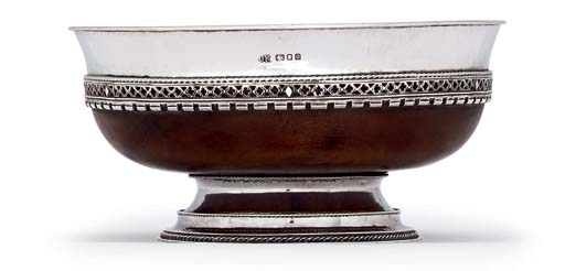 A GEORGE V SILVER-MOUNTED MAPLE-WOOD MAZER-BOWL