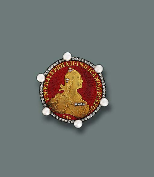 A DIAMOND, PEARL AND ENAMEL COIN BROOCH, BY FABERGE