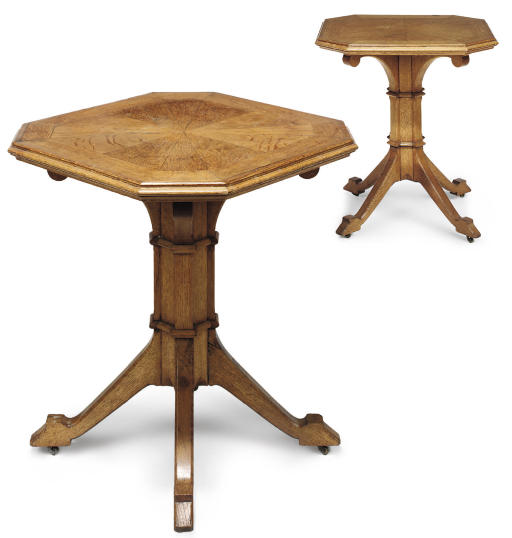 A PAIR OF LATE VICTORIAN OAK OCCASIONAL TABLES