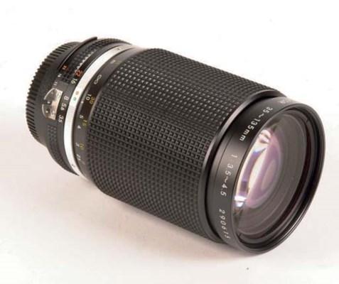 Zoom-Nikkor 35-135mm. f/3.5-4.