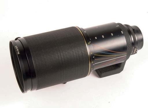 Zoom-Nikkor*ED 80-200mm. f/2.8