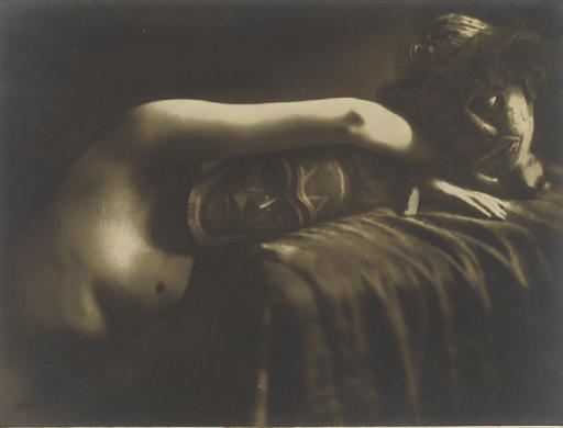 Nude with mask, before 1938
