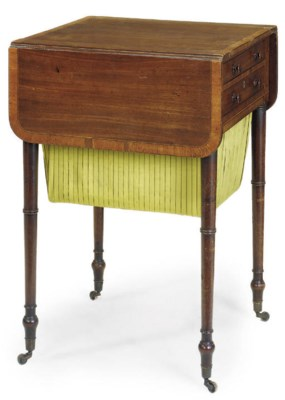 A REGENCY MAHOGANY DROP LEAF W