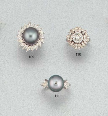 A cultured pearl and diamond t