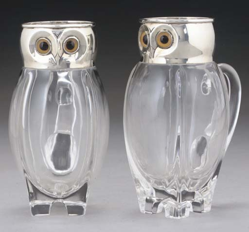 A PAIR OF LATE VICTORIAN NOVELTY WHISKEY & WATER JUGS,