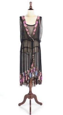 A TWENTIES COCKTAIL DRESS AND