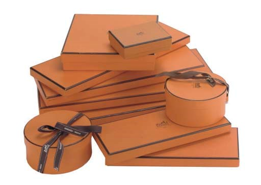 A COLLECTION OF HERMÈS ACCESSO
