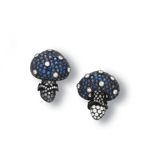 A PAIR OF SAPPHIRE AND DIAMOND CLIP BROOCH, BY CARNET