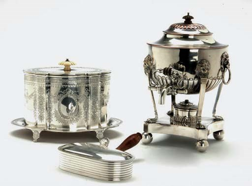 AN ENGLISH SILVER-PLATED BISCU