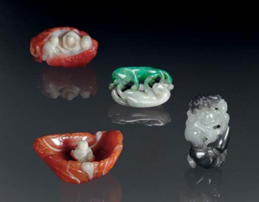FOUR SMALL HARDSTONE CARVINGS