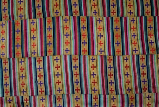 A WOMAN'S CLOTHING CLOTH,