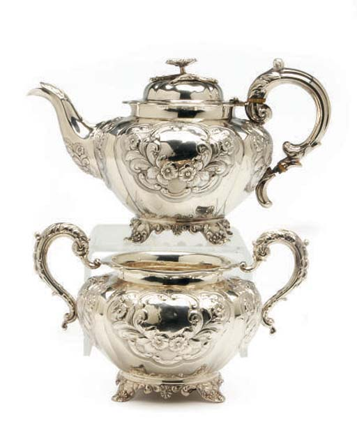 A VICTORIAN SILVER TEAPOT WITH HINGED COVER AND SUGAR BOWL**,