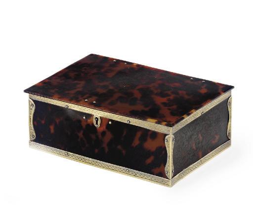 A GEORGE III SILVER-GILT MOUNTED TORTOISESHELL BOX**