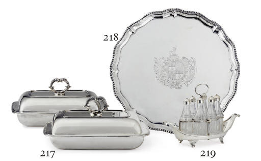 A PAIR OF GEORGE III SILVER VEGETABLE DISHES AND COVERS