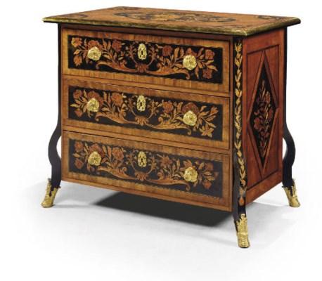 commode de style louis xiv christie 39 s. Black Bedroom Furniture Sets. Home Design Ideas