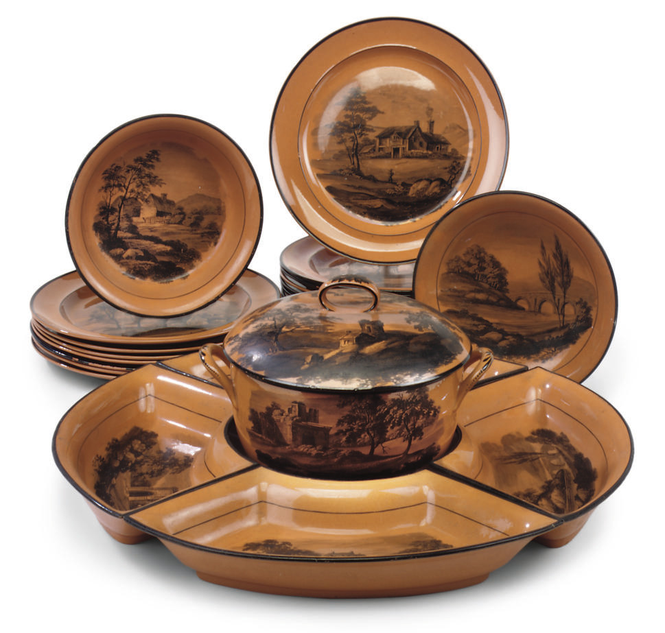 A DAVENPORT SUPPER SET