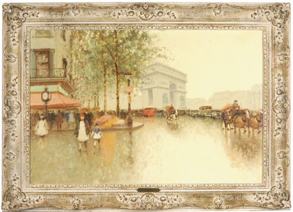 Rainy day in Paris near the Arc de Triomphe