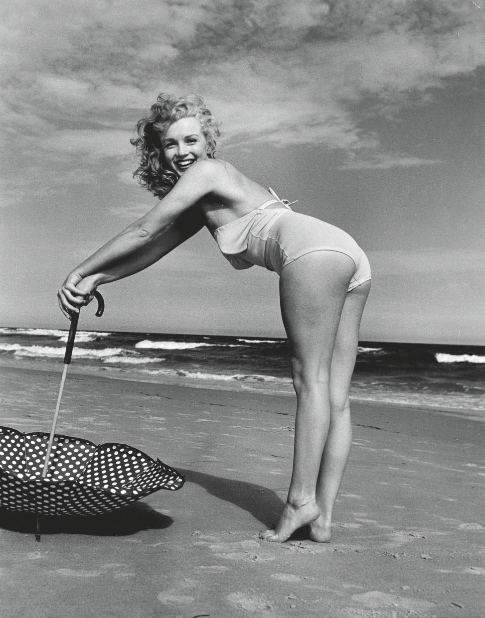 Marilyn Monroe, Tobey Beach, 1949