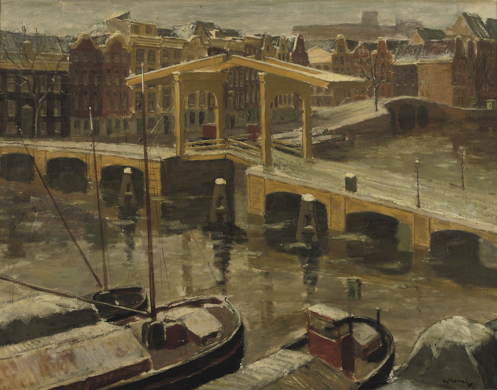 Magere brug in sneeuw: Moored boats in winter, Amsterdam