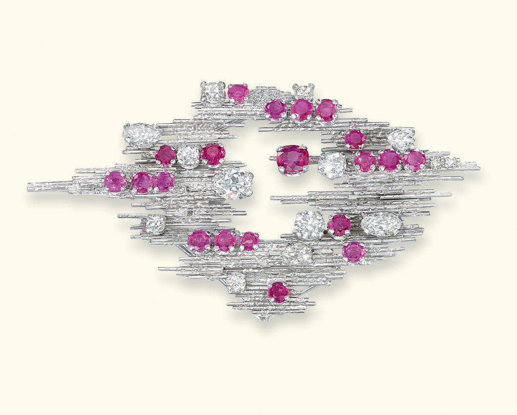 A RUBY AND DIAMOND BROOCH/PENDANT, BY GRIMA