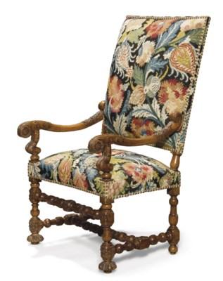 paire de fauteuils d 39 epoque louis xiii premiere moitie du xviieme siecle christie 39 s. Black Bedroom Furniture Sets. Home Design Ideas
